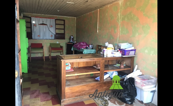 House in central Antigua Guatemala for sale