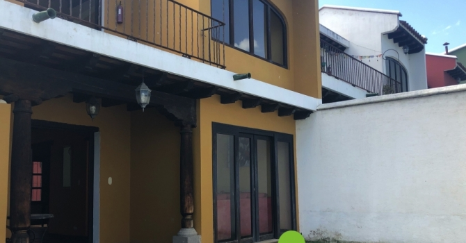 House for sale 5 minutes from Antigua